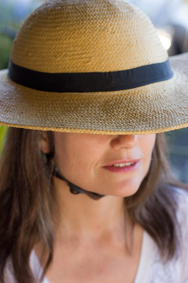 Beautiful-Bandbox-Helmet-that-looks-like-a-straw-hat