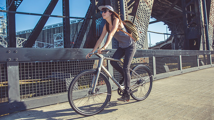 industry-ti-cycles-solid-bike-lifestyle-sequence-4