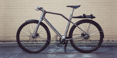 industry-ti-cycles-solid-bike-lifestyle-sequence-5