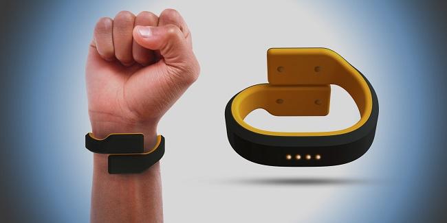 img-Pavlok-bracelet-hand