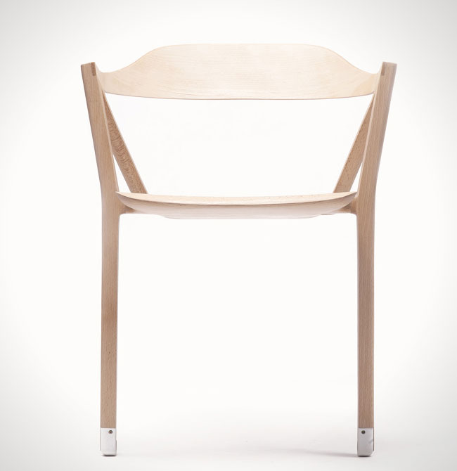 Inactivite-Chair-Chaise-deux-pieds-Benoit-Malta-5
