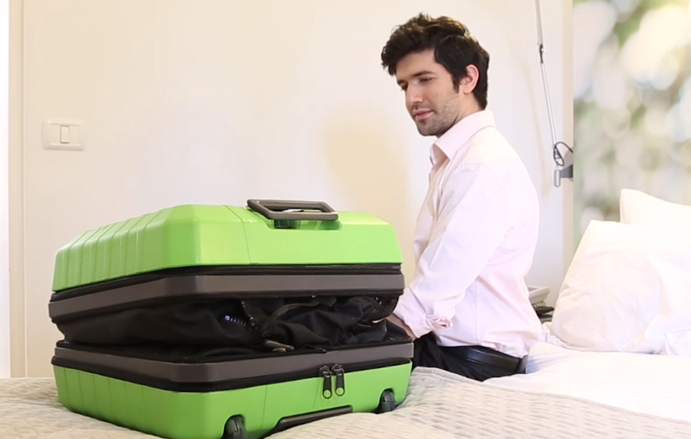fugu_luggage_suitcase_home