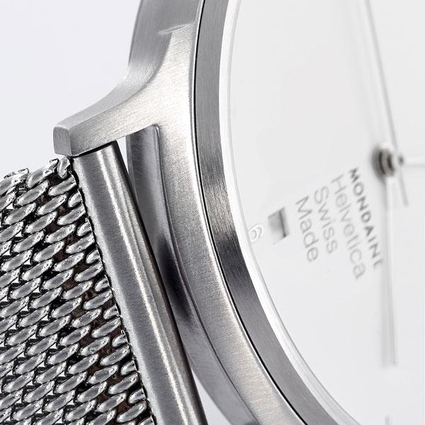 mondaine helvetica bracelet metallique maille