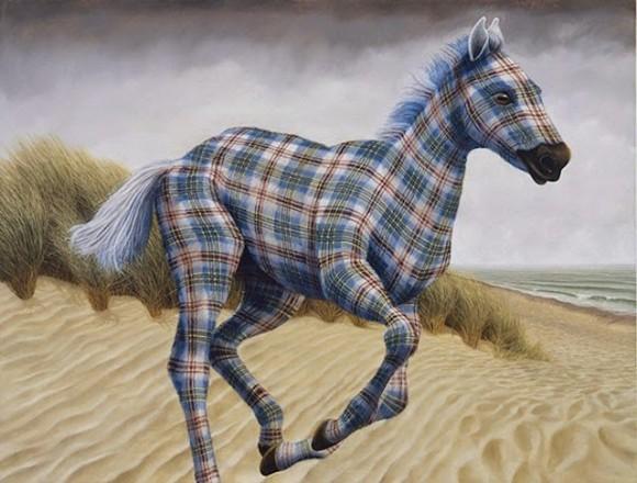 Tartan-Animals-Paintings-sean-landers-horse-580x440