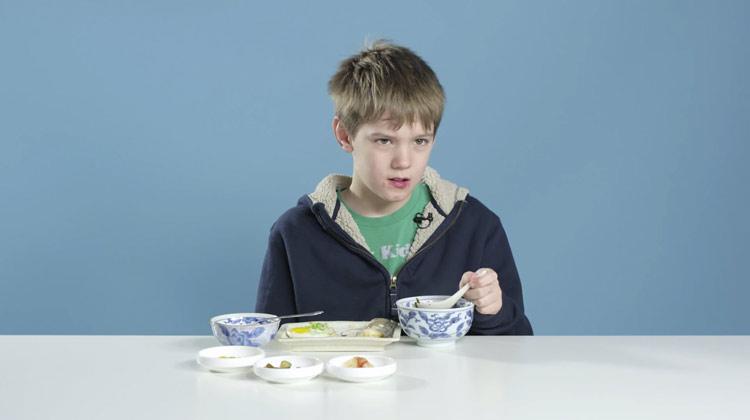enfants_petit_dejeuner_05