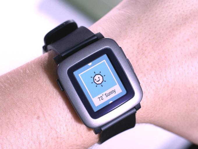 pebble_time_montre_01