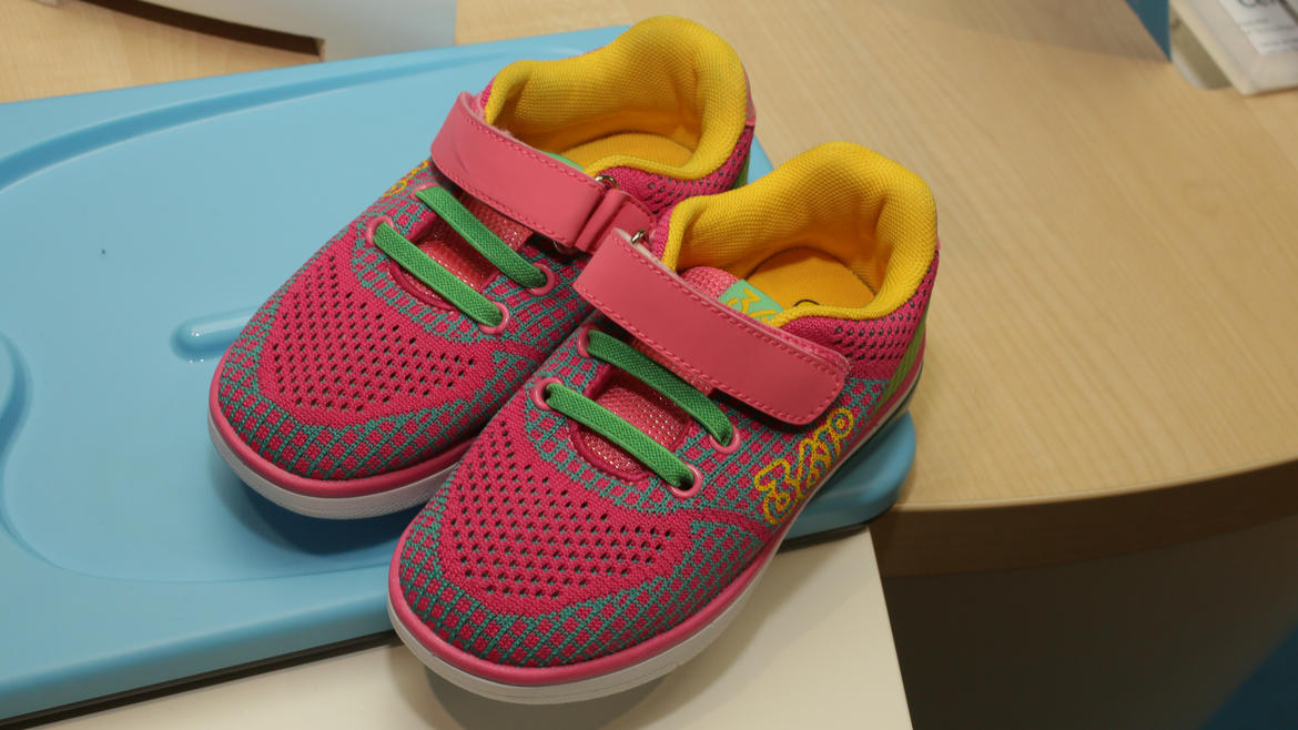 mediatek-361-smart-kid-shoe-09