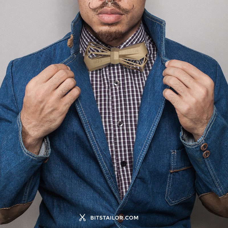 BitsTailor_WoodyWood_Bow-Tie_Beige_Man
