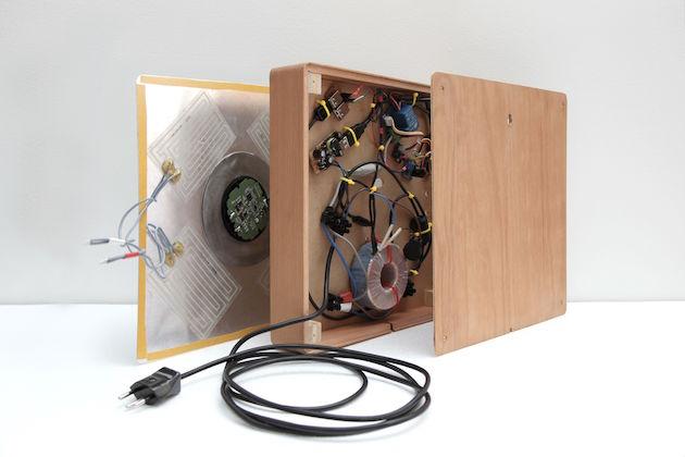 Spira-Smartphone-Recharging-System_1