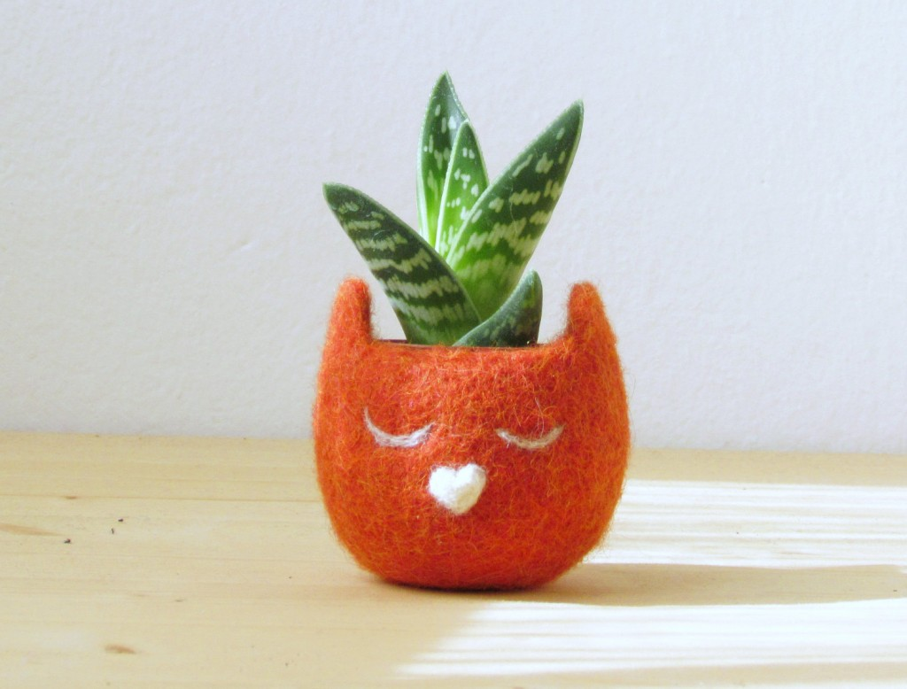 cache_pot_plante_feutre_mignon_01