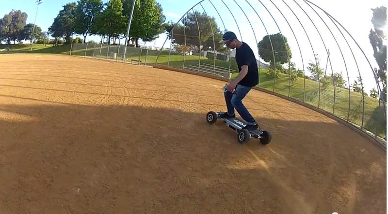 e-glide_electrique_skateboard_02