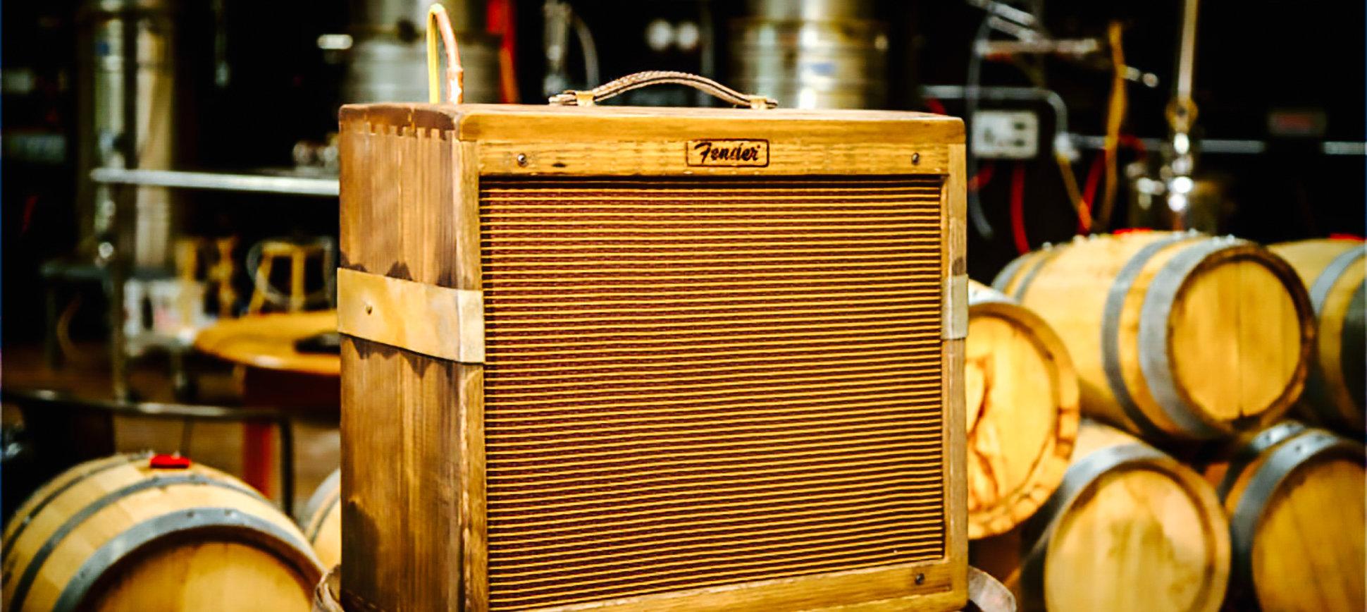 fender-80-proof-blues-junior-amplifier-tonneau-whisky-home