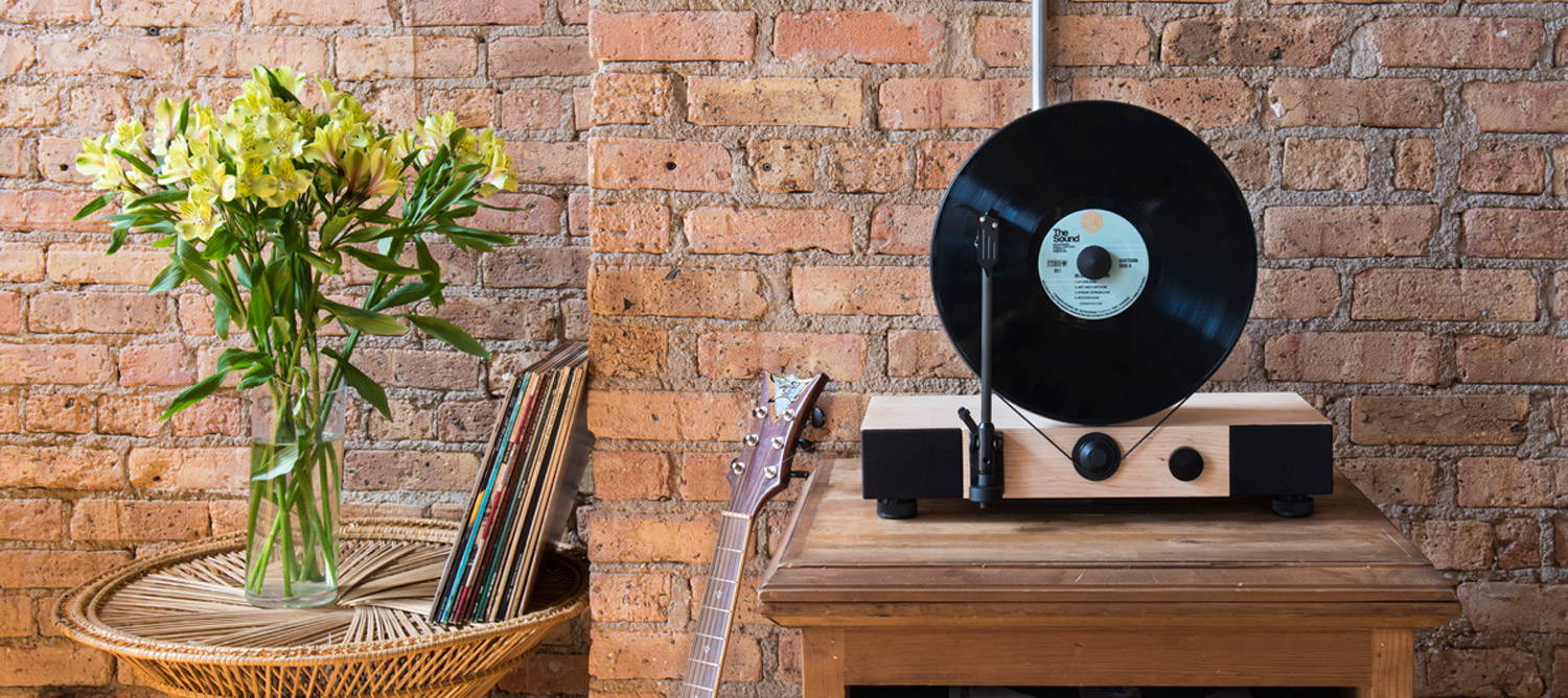 gramovox_floating_record_platine_vinyle_verticale_home
