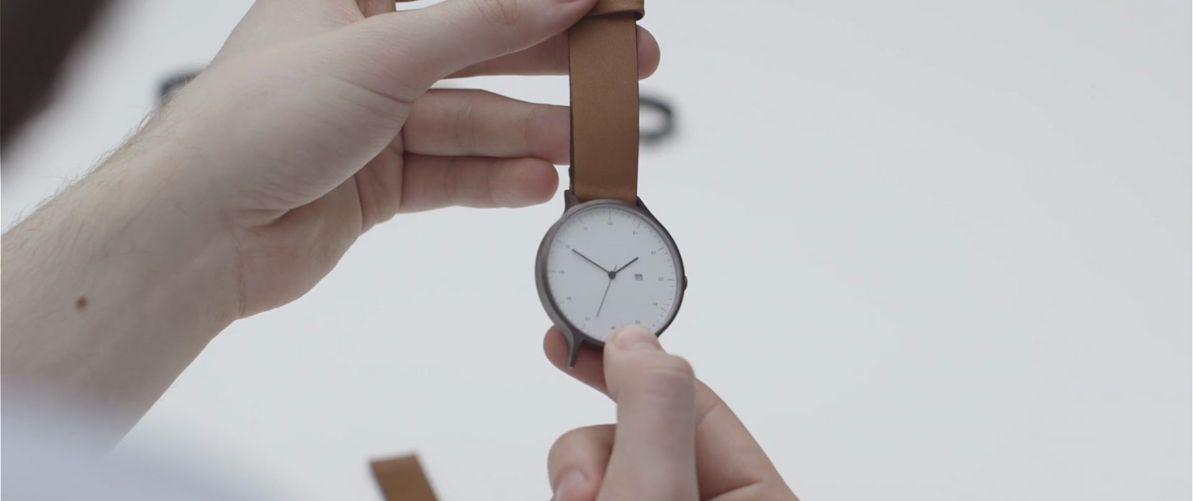 instrmnt_montres_making_of_home