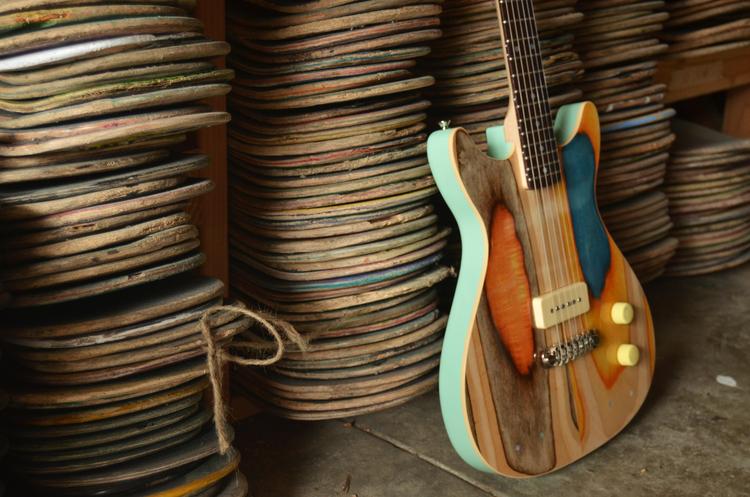 prisma_guitare_skarteboard_01