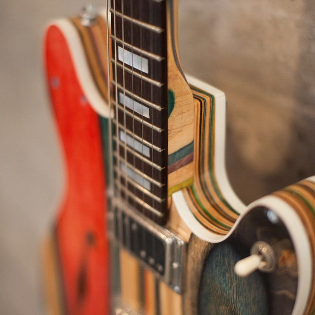 prisma_guitare_skarteboard_02