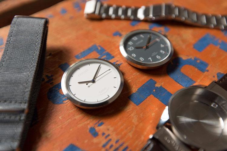 corvair_montre_metal_interchangeable_02