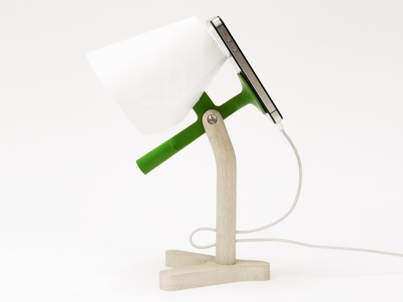 iPhone-LampeChevet2