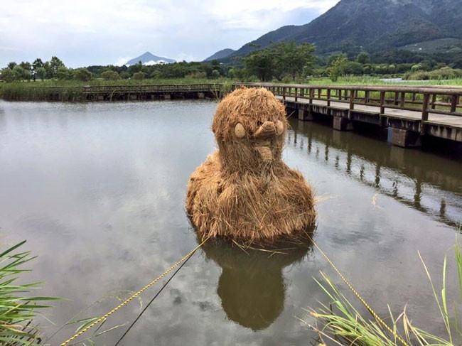 animaux_paille_geant_japon_04