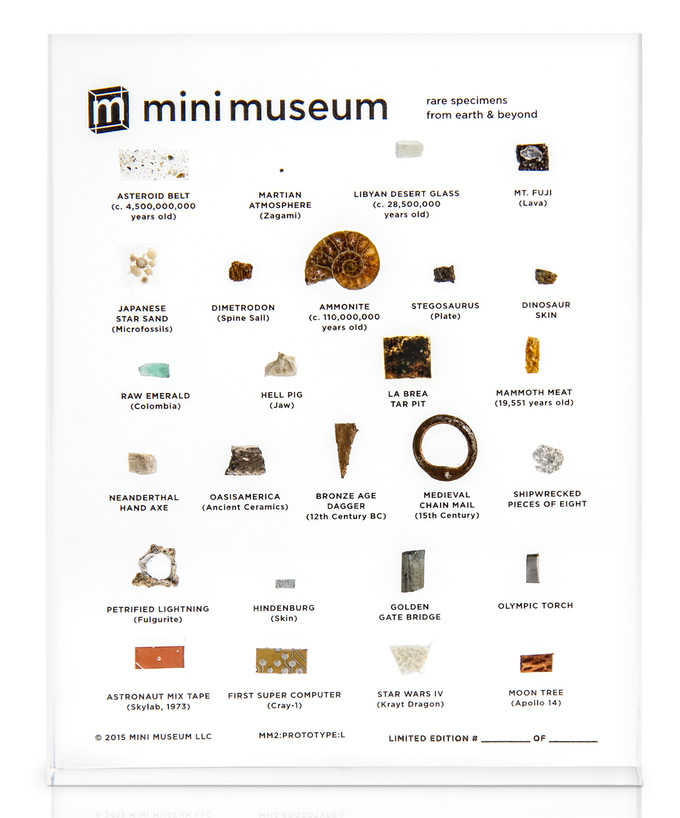 mini-museum-musee-table-lucite-01