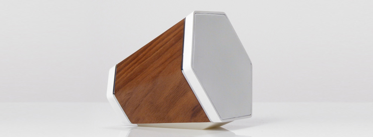 shwood lance une enceinte en bois sur kickstarter. Black Bedroom Furniture Sets. Home Design Ideas