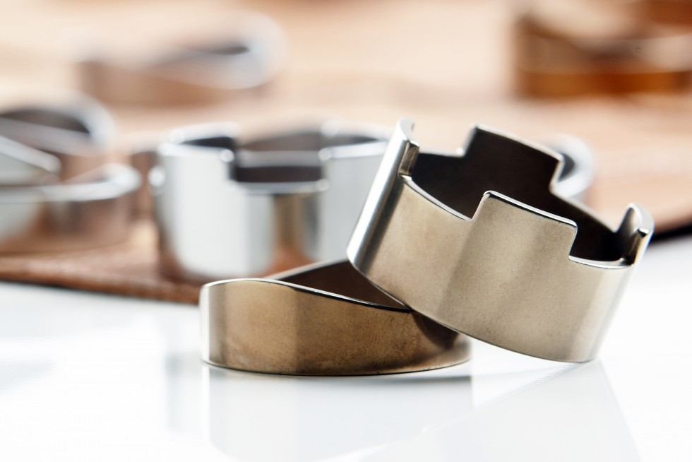 jeu echecs pliable cuir metal chasseursdecool 03