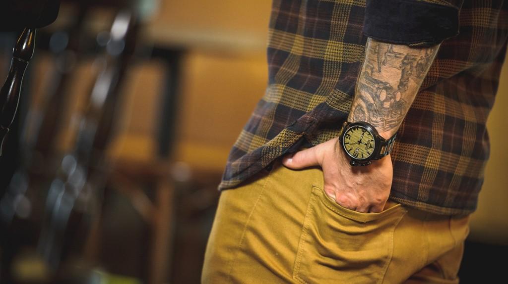konifer karbon watch montre bois metal 01