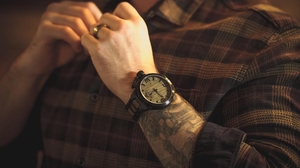 konifer karbon watch montre bois metal 02