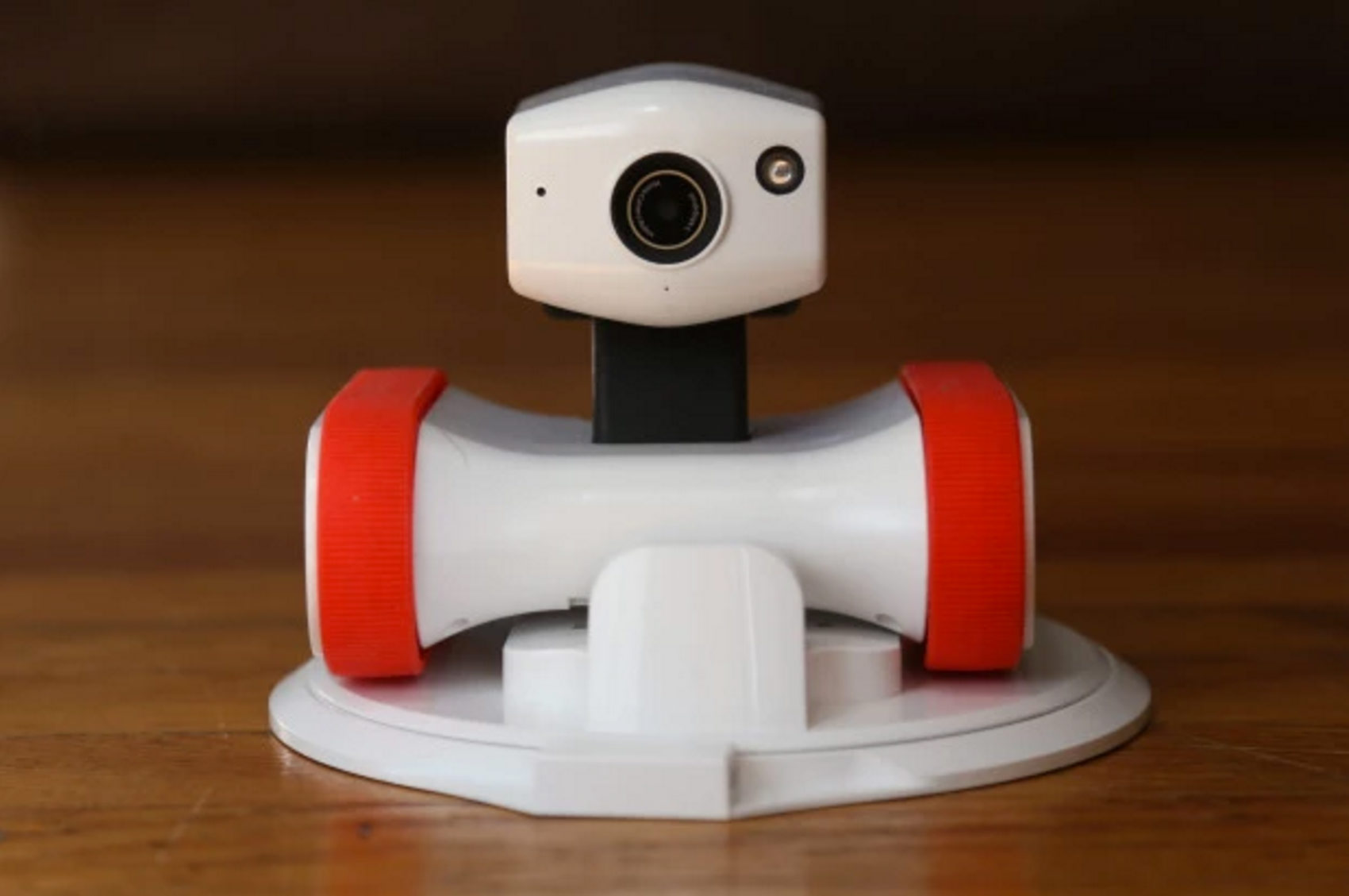 riley-robot-surveillant-caméra-maison-home