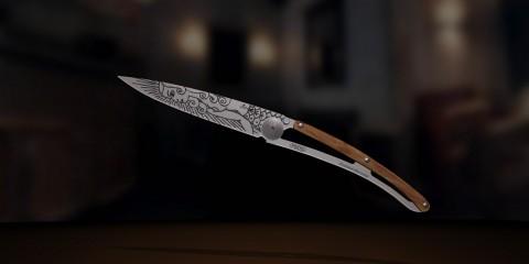 deejo-couteaux-de-poche-personnalisable-tatoué-gravé-laser-home