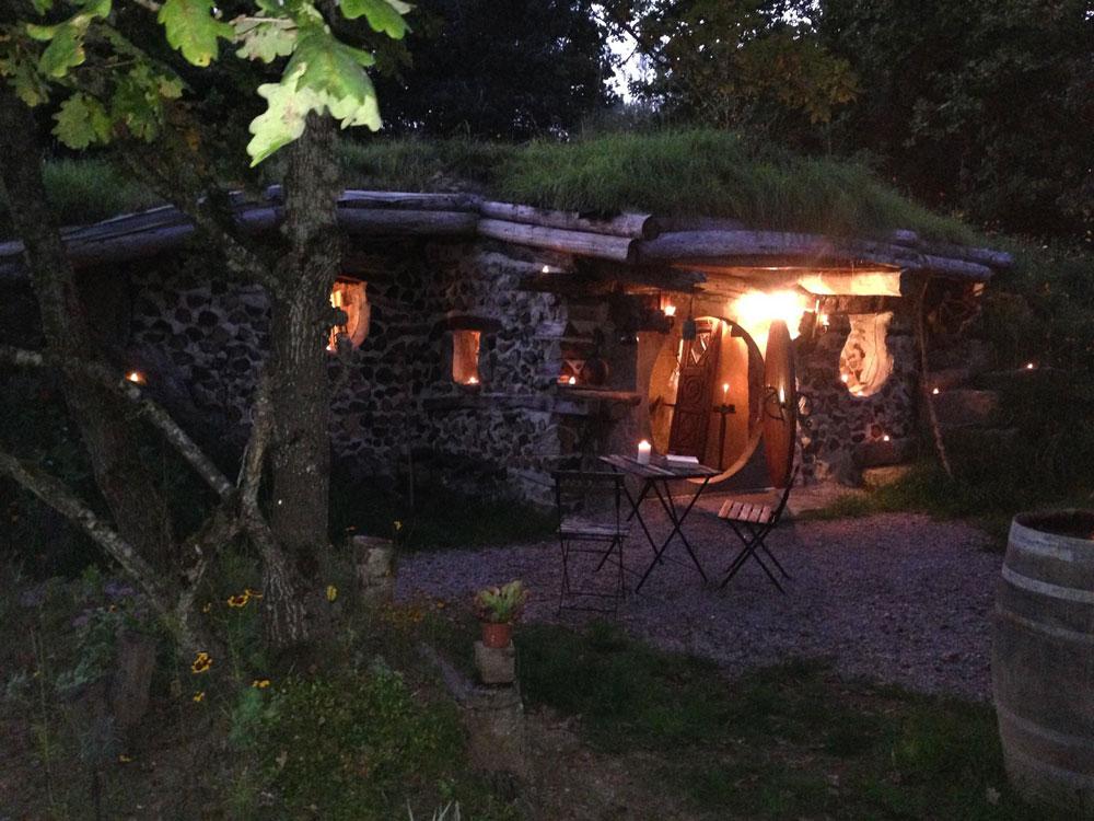 village-de-la-pierre-ronde-maison-fee-morvan-louer-02