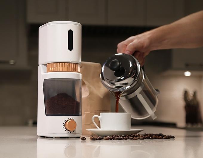 voltaire-moulin-a-café-portable-connecté-01