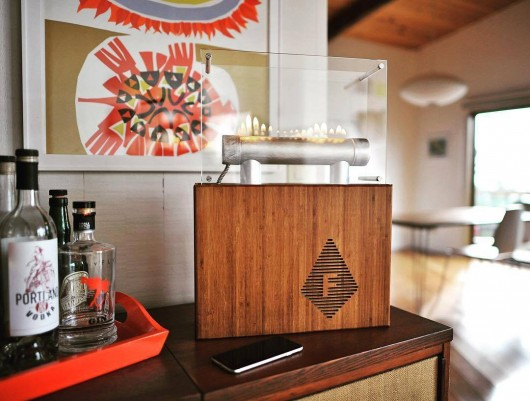 fireside-audiobox-enceinte-bluetooh-connectee-bois-cheminee-01