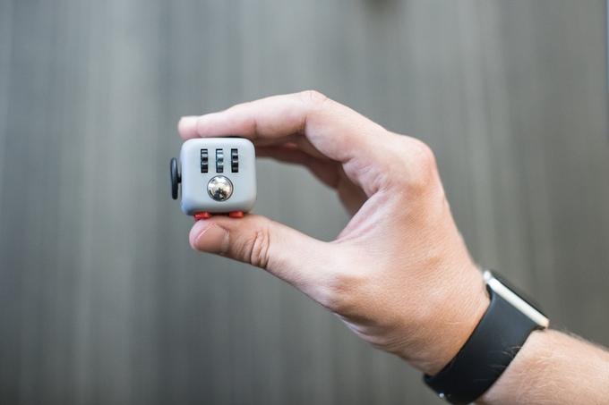 fridget-cube-accessoire-concentration-classe-cours-maison-02
