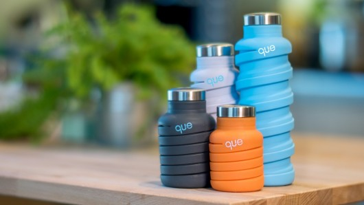 que-bottle-gourde-pliable-kickstarter-coloree-home