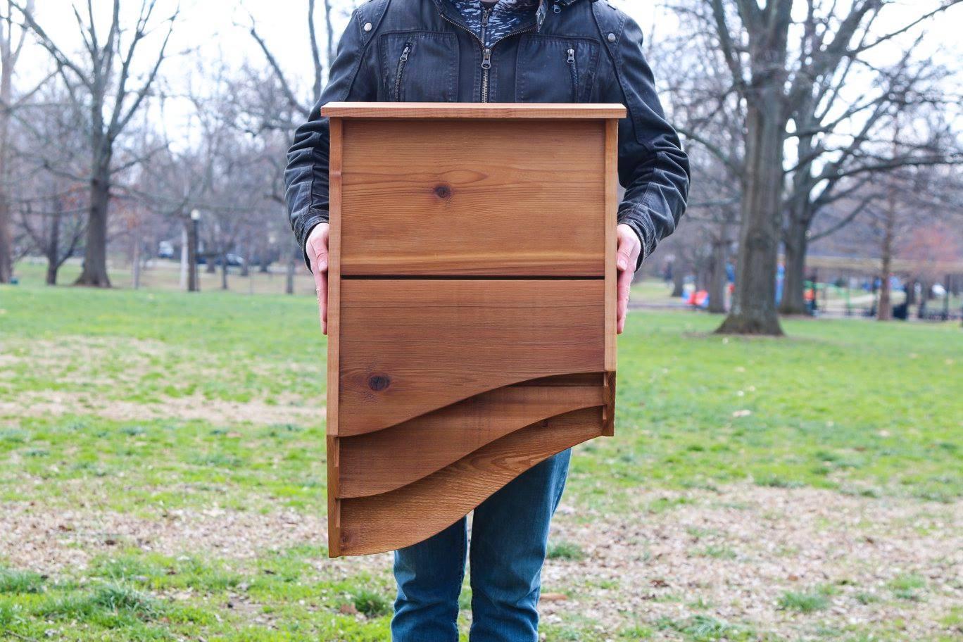 batbnb la cabane chauves souris pour loigner les moustiques. Black Bedroom Furniture Sets. Home Design Ideas